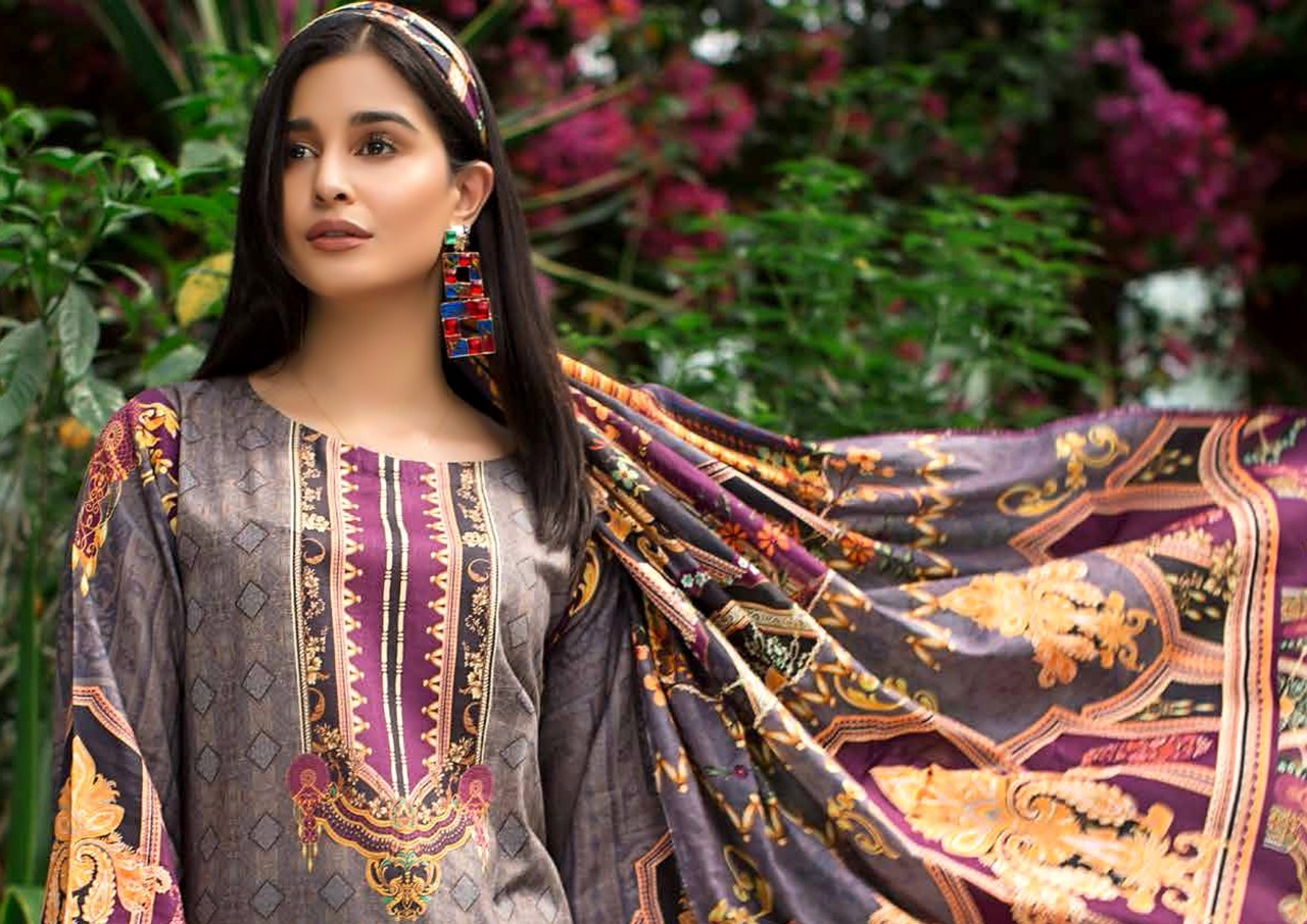Yashika-Mahnoor-Vol-2-The-Lawn-Collection-3